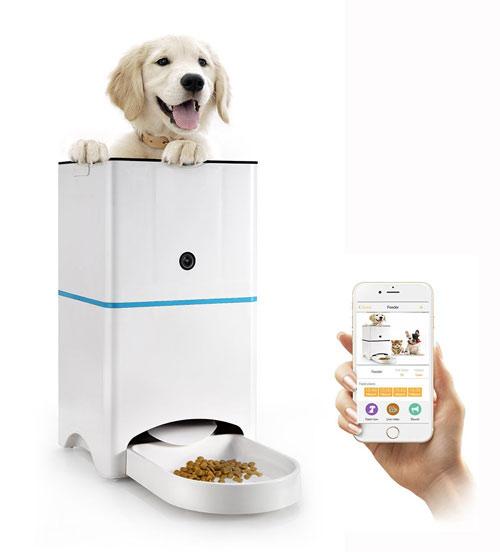 Abdtech-SmartFeeder-for-Dogs-&-Cats