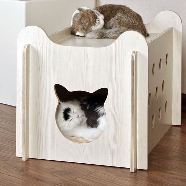 Petsfit Indoor Wooden Cat House Slash Pets